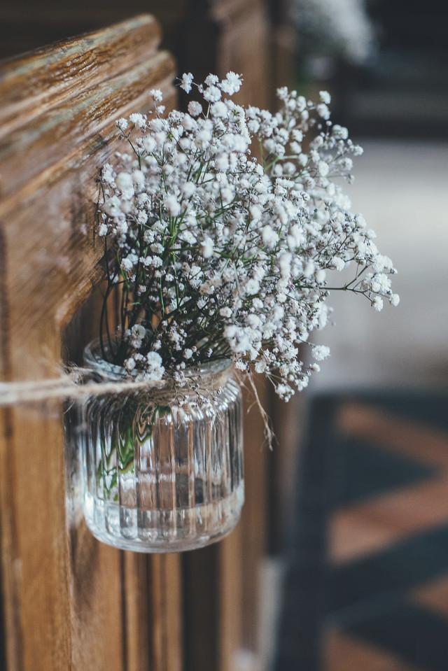 Hochzeitsstrauss in Kirche