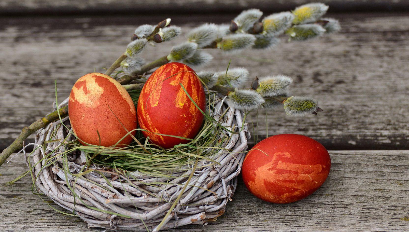 Ostern Feiern mit der Familie